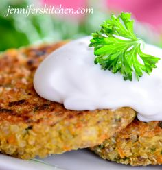 Quinoa Patties and How to Cook Quinoa - quinoa, carrot, onion, white beans, starch and spices