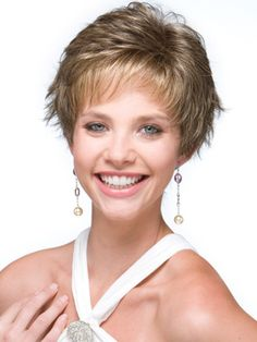 15 Tremendous Short Hairstyles for Thin Hair – Pictures and Style Tips : CircleTrest Short Thin Hair, Short Hair Cuts, Short Hair Styles, Photomontage, Short Hairstyles For Women, Messy Hairstyles, Cheap Lace Front Wigs, Synthetic Lace Wigs, Haircut For Older Women