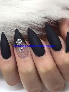 Attend The Very Best Internet Graphic Layout Lessons - Nail Art Nail Art Hacks, 3d Nail Art, Geometric Nail Art, Stiletto Nail Art, Black Nail Art, Easy Nail Art, Cool Nail Art, Black Nails, Blue Nail