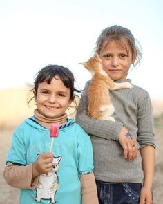 The most beautiful thing in life is to see children smile! Syrian Children, Child Smile, Syrian Refugees, Kittens, Cats, Little People, Most Beautiful, Childhood, Life