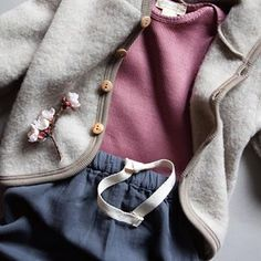 WOOL&NATURAL Wear For Families (@hiphipro) • Instagram photos and videos Families, Kids Fashion, Brooch, Wool, Photo And Video, Natural, Spring, Videos, Photos
