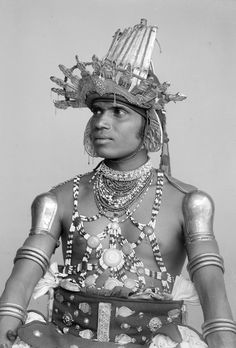 (Ceylon) Sri Lankan Dancer with embossed silver helmet photographed by Eugène Trutat in the late 19th century. Silver gelatin dry plate negative. Source: Wikimedia Commons
