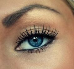 Gorgeous natural look  Blue eyes