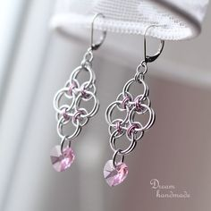 Chainmaille earrings with Swarovski hearts