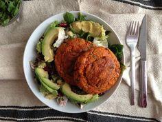 Foto_Hambueguesa_Boniato Vegan Vegetarian, Vegetarian Recipes, Sweet Potato Burgers, Healthy Recepies, Veg Recipes, Vegan Snacks, Winter Food, Vegan Life, Street Food