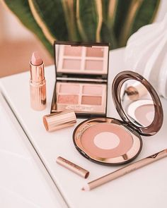 [Gifted] Fully fledged fan girl over here 🙋🏼♀️ (Pls tell me it's not just me 🤦🏼♀️) It's a v.rare day when any less than… Charlotte Tilbury, Tell Me, Just Me, Fangirl, Blush, Gifts, Beauty, Instagram, Fan Girl