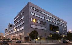 Universidad - Spain - Cruz y Ortiz