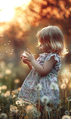a Nature Lover Beautiful, Cute and Sweet GirlBeautiful, Cute and Sweet Girl White Photography, Family Photography, Photography Ideas Kids, Outdoor Children Photography, Country Kids Photography, Little Girl Photography, Magical Photography, Bokeh Photography, Spring Photography