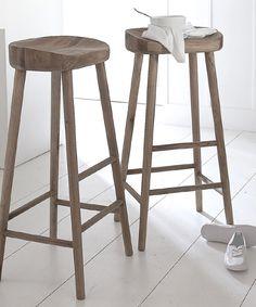 Washed oak stool