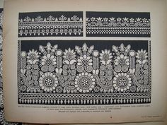 Fotó: Hungarian Embroidery, Folk Embroidery, Embroidery Patterns, Table Linens, Chinoiserie, Paper Dolls, Folk Art, Embellishments, Blue And White