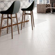 White wood plank tile kitchen ideas for 2019 White Herringbone Tile, Grey Wood Tile, Wood Plank Tile, Wood Tile Floors, Wood Planks, Parquet Flooring, Herringbone Pattern, Wood Effect Floor Tiles, Wood Effect Porcelain Tiles