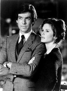 Remington Steele and Laura Holt, Remington Steele
