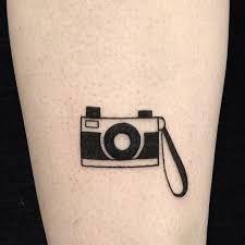 Resultado de imagem para camera tattoo