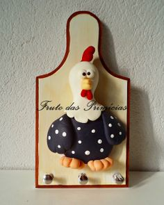 Porta Chaves Galinha Biscuit