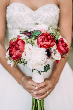 Red and White Peony Bouquet with Seeded Eucalyptus wedding diys / boquette wedding fall / autumn wedding ideas / wedding fall colors september / wedding colors fall october White Peonies Bouquet, Peony Bouquet Wedding, Red Peonies, Blue Wedding Flowers, Wedding Flower Arrangements, Red Wedding, Fall Wedding, Wedding Ideas, Bridal Bouquets