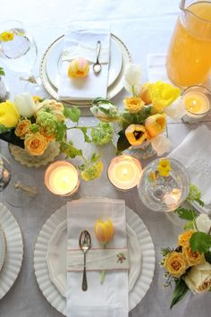 Love this fresh yellow, green, and white place setting and tablescape.