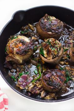 Quick Cheesy Spinach and Mushroom Steak Rolls