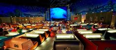 http://mundodecinema.com/salas-de-cinema/ - Neste post, apresentamos 10 salas de cinema por todo o mundo que são diferentes de qualquer outra sala a que esteja habituado a ir. Salas com decorações arrojadas, algumas delas delas adequadas ao filme em exibição, que prometem deixar boas memórias na imaginação dos espectadores.