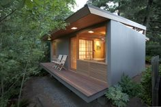 42 Ideas shipping container house designs australia for The Tiny House Movement in Australia: Better Homes in . Small Tiny House, Best Tiny House, Modern Tiny House, Small House Design, Tiny House Living, Small Homes, Micro House, Deck Design, Modern Homes