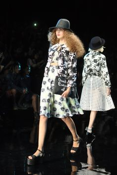 Blossomlink by Yuka Ohishi Kate Lanphear, Japanese Fashion, Fur Coat, Winter Hats, Jackets, Style, Down Jackets, Swag, Japan Fashion