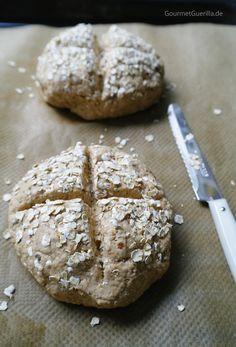 30 Minuten Brot mit Haferflocken und Buttermlich