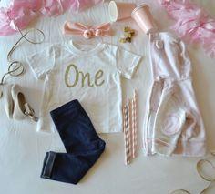 One birthday shirt. First birthday. | positively Oakes | www.positivelyoakes.com #firstbirthday