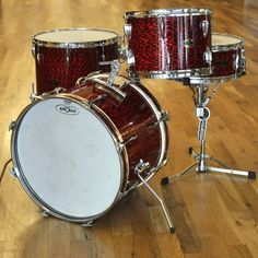 Japanese Appolo Kit in Red Tiger finish Vintage Drums, Dope Music, Drum Kits, Gift Store, Percussion, Music Stuff, Vintage Japanese, Musical Instruments, Drummers