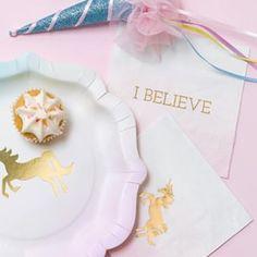 We Heart Unicorns servetten Talking Tables En Stock, Unicorn Party, Believe, Napkins, Happy Birthday, Treats, Tableware, Sales, Unicorns