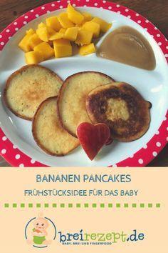 Bananen-Pancakes ohne Zucker sind ein tolles Frühstück für Baby und Kleinkind. Das breifreie Rezept ist schnell gemacht und schmeckt der ganzen Familie: https://www.breirezept.de/rezept_bananen-pancakes.html