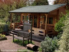 Coombe Hill Outdoor classroom - Ali Warner - playground of school Shed Of The Year, Shed With Porch, Porch Garden, Backyard Sheds, She Sheds, Potting Sheds, Outdoor Classroom, Outdoor Learning, Tiny House Plans