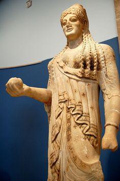 """Kore"" from teh Athenian Acropolis (c.520 BC), marble, Athens, Acropolis Museum."