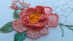 Hand Embroidery Patterns Flowers, Basic Embroidery Stitches, Floral Embroidery Patterns, Hand Embroidery Videos, Embroidery Stitches Tutorial, Embroidery Flowers Pattern, Creative Embroidery, Simple Embroidery, Hand Embroidery Designs