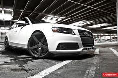 "Audi A4 Avant | Vossen 20"" CV3s Matte Graphite"