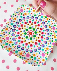 Pin by Maria Cristina on mandalas Dot Art Painting, Mandala Painting, Ceramic Painting, Ceramic Art, Pottery Painting Designs, Pottery Designs, Paint Designs, Painted Plates, Hand Painted