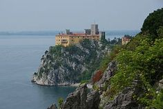 Castello di Duino 0904 - Duino Castle - Wikipedia, the free encyclopedia