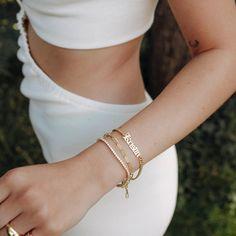 Your personal arm story Dein personliches Mantra kommt auf jedem unserer Unikate zur Geltung. #evesjewel #choosehandmade Times New Roman, Mantra, Bangles, Bracelets, Gold, Jewels, Instagram, Vintage, Tennis