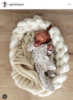Chunky knit merino babynest