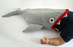 @Melinda Roberts will you please make this for your grandkids some day?! it's a sleeping bag!