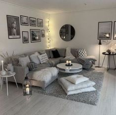 living room inspiration 51 brilliant solution small apartment living room decor ideas and remodel 12 Small Apartment Living, Small Living Rooms, Home And Living, Modern Living, Small Apartments, Simple Living, Modern Couch, Modern Family, Living Area