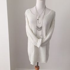 White and silver stitched sweater New with tags  Sweaters Crew & Scoop Necks