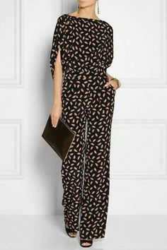 This is the year of the Diane von Furstenberg jumpsuit. Look Fashion, Womens Fashion, Satin Jumpsuit, Mode Inspiration, Mode Style, Diane Von Furstenberg, Casual Wear, Ideias Fashion, Fashion Dresses