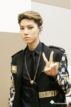 Omg my baby is growing up!!!! Keep your round cheeks!!! I can't believe we are almost 18 (American years) Zelo!!!!!