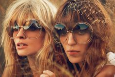Julia Stegner and Lou Doillon for Chloe Spring Summer 2014 Ad Campaign. Lou Doillon, Ray Ban Sunglasses Sale, Sunglasses Women, Oversized Sunglasses, Sunglasses 2016, Round Sunglasses, Cheap Sunglasses, Electric Sunglasses, Sunglasses Storage