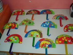 Crafts,Actvities and Worksheets for Preschool,Toddler and Kindergarten.Lots of worksheets and coloring pages. Kindergarten Crafts, Preschool Learning, Preschool Crafts, Crafts For Kids, Mini Umbrella, Under My Umbrella, Umbrella Crafts, Spring Art, Paper Plates