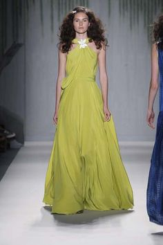 Jenny Packham On Kate Middleton Maternity Dress And Spring Summer 2014 Collection | Fashion Week 360