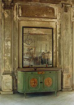 """Forgotten foyer. Michael Eastman's """"Cuba."""""""