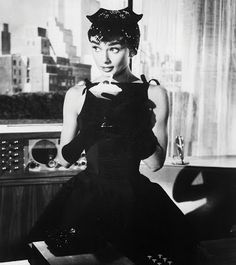 Silver Screen Modiste: AUDREY HEPBURN AND GIVENCHY {Blog Post}