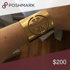 Tory burch cuff Bought online & decided to sell Tory Burch Jewelry Bracelets