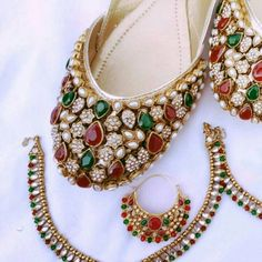 Fashion Anklets Bracelets - Add flare to your style, express your creativity Indian Shoes, Indian Jewelry, Trendy Shoes, Designer Wear, Anklets, Shoe Collection, Wedding Accessories, Indian Fashion, Wedding Shoes