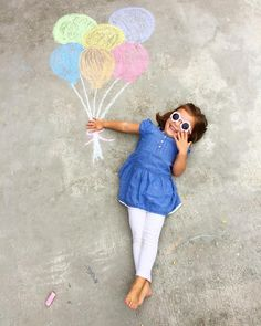 Can't leave the house? Here are 10 At-Home Birthday Party Ideas during this time of social distancing  - Perfete | Chalk balloon photo and how to celebrate kids birthdays in quarantine